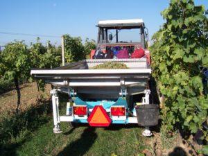 Vyvážecí vozík na hrozny Agrofer