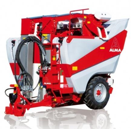 Vinohradnická technika pro sklizeň bobulí Alma Selecta 3.5 LPV agro