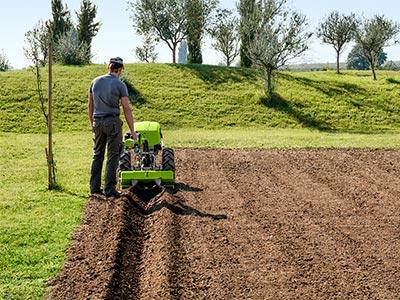 zahradní mechanizace